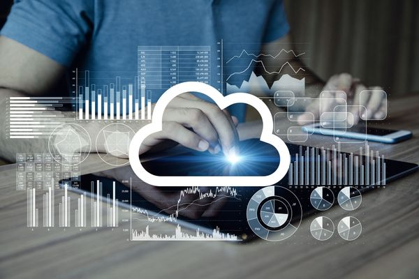 Cloud Computing VS Virtualization: What's the Difference?